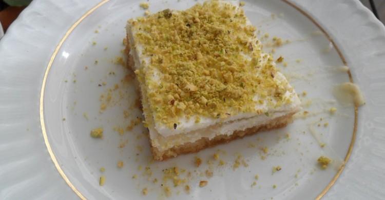 Tortë me puding - pergatit.com